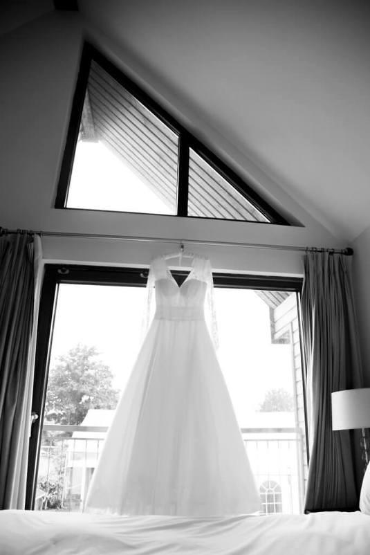 Northbrook Park wedding photographer: Rebecca Kathryn Photography: www.rebeccakathryn.co.uk